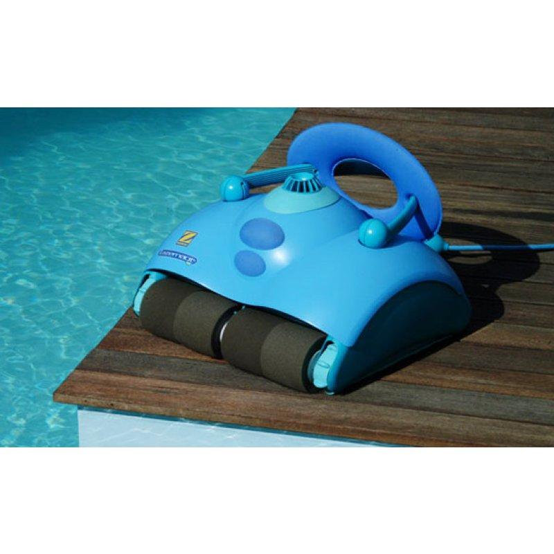 Бесплатная чистка Вашего бассейна роботом для бассейна