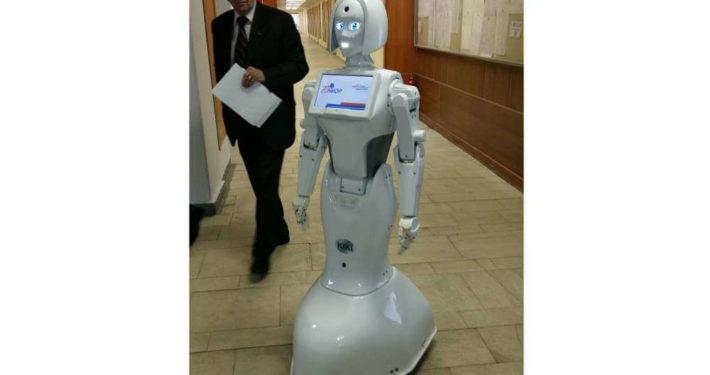 Робот-промоутер Kiki-7