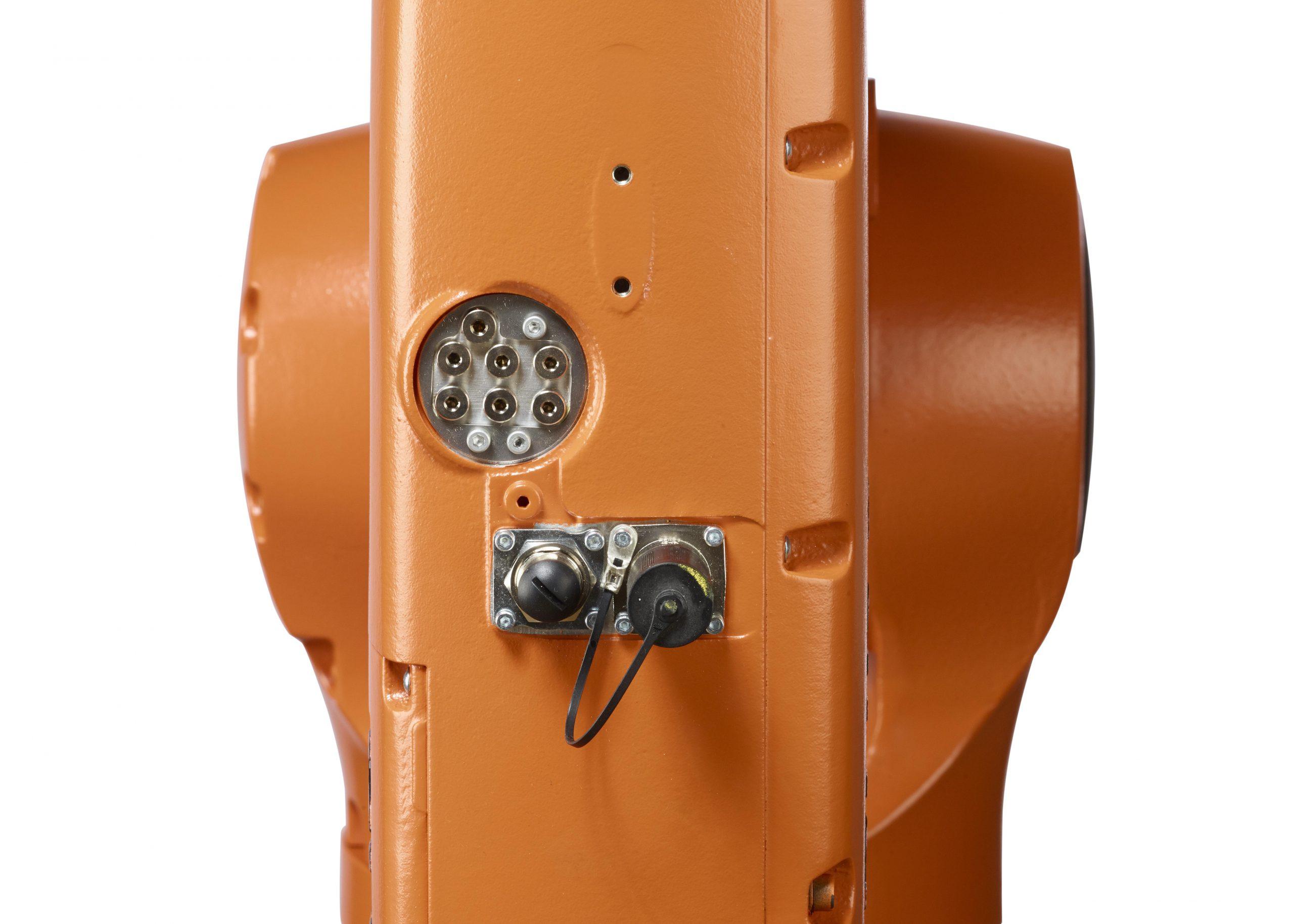 KUKA KR 6 R700 sixx WP (KR AGILUS)-9