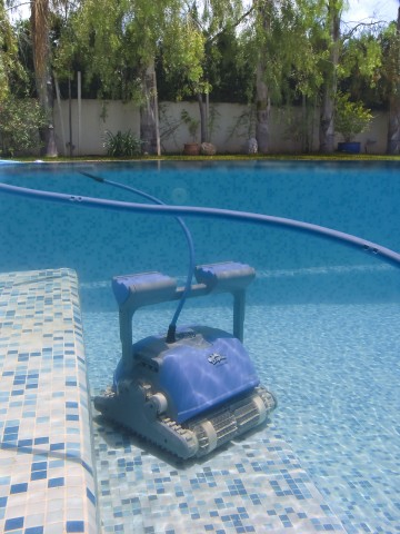 Робот для бассейна Dolphin M400-2