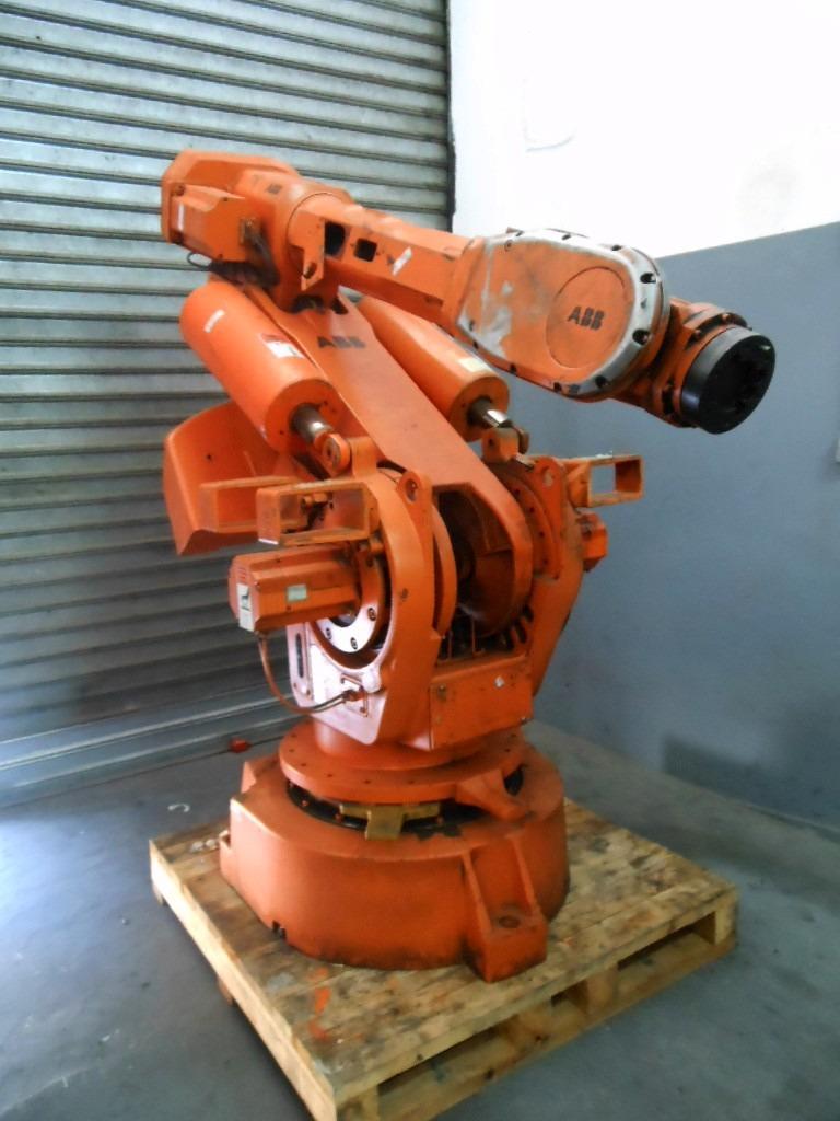 Промышленный робот ABB IRB 6400 2,4-150-2
