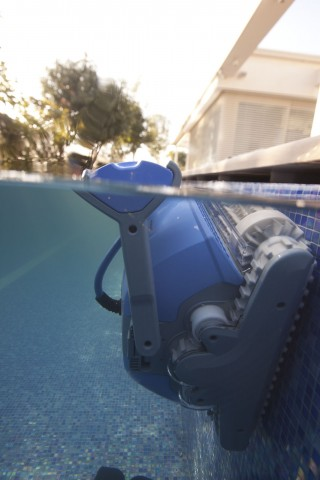 Робот для бассейна Dolphin M500-4