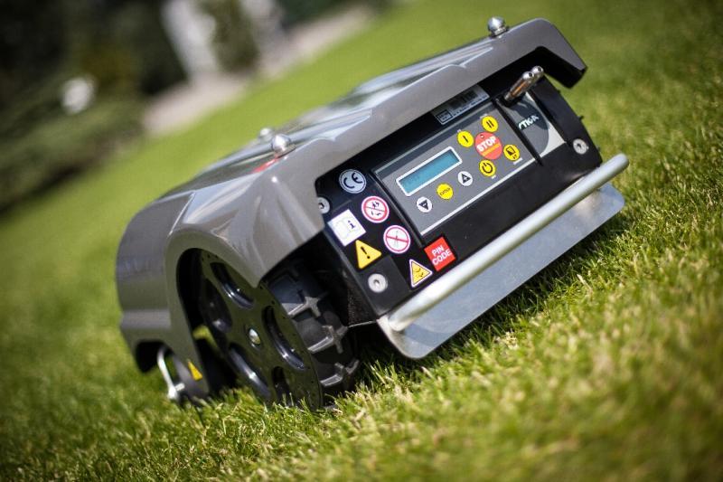 Робот-газонокосилка Stiga Autoclip 525-2
