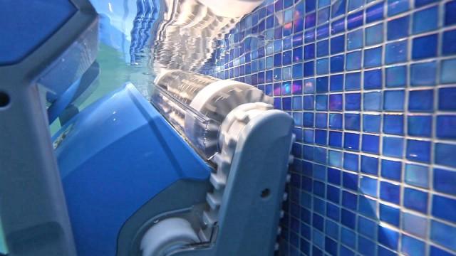 Робот для бассейна Dolphin M400-4