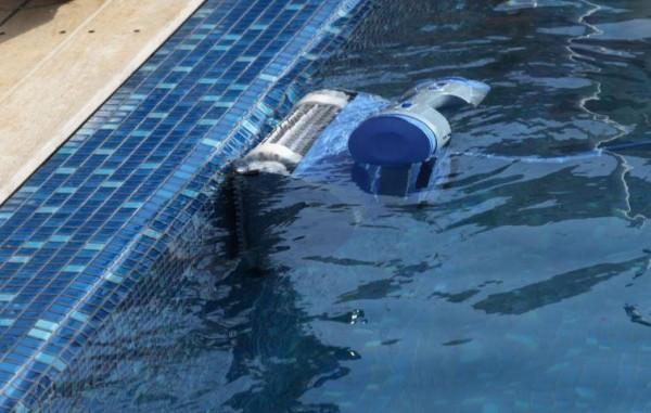 Робот для бассейна Dolphin Master M4-4