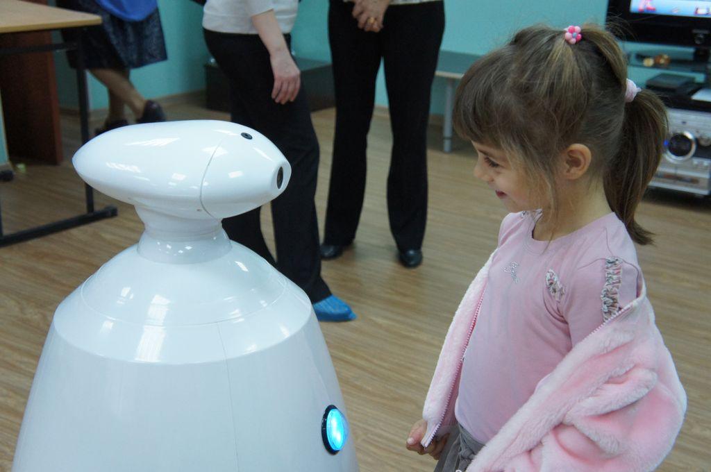 Робот для праздников и выставок (Rbot)-14