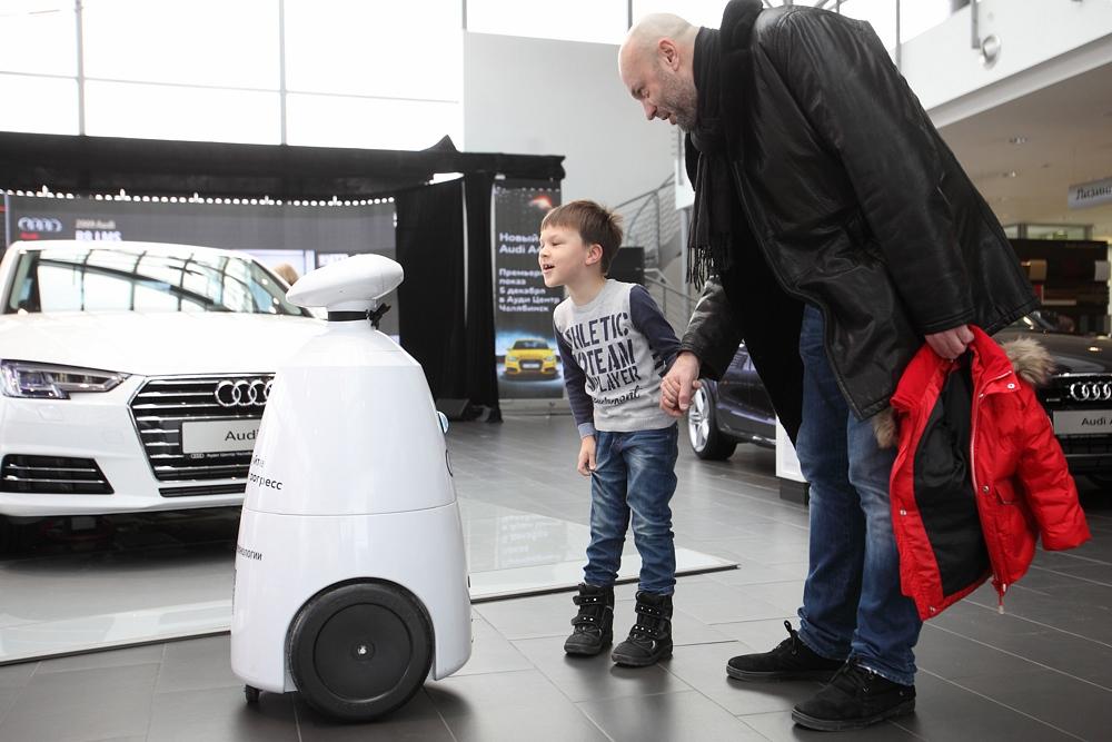 Робот для праздников и выставок (Rbot)-30