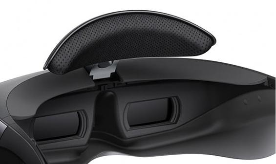 Очки виртуальной реальности Sony HMZ-T3W-3