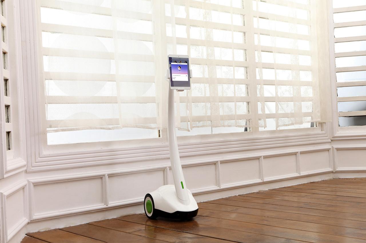 Робот телеприсутствия PadBot-2