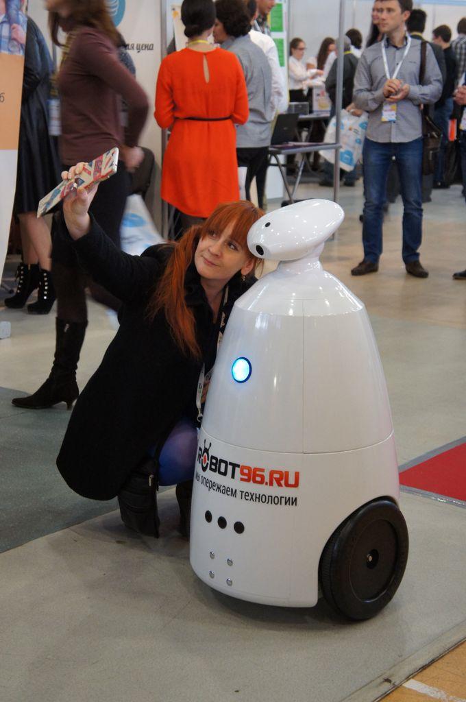 Робот для праздников и выставок (Rbot)-6