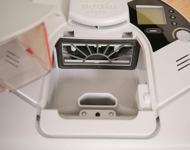 Робот-пылесос Neato XV Essential-4