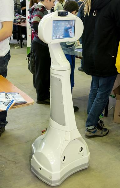 Робот телеприсутствия Webot-4