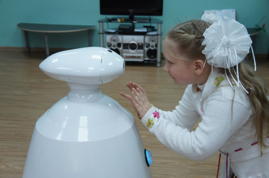 Робот для праздников и выставок (Rbot)-15