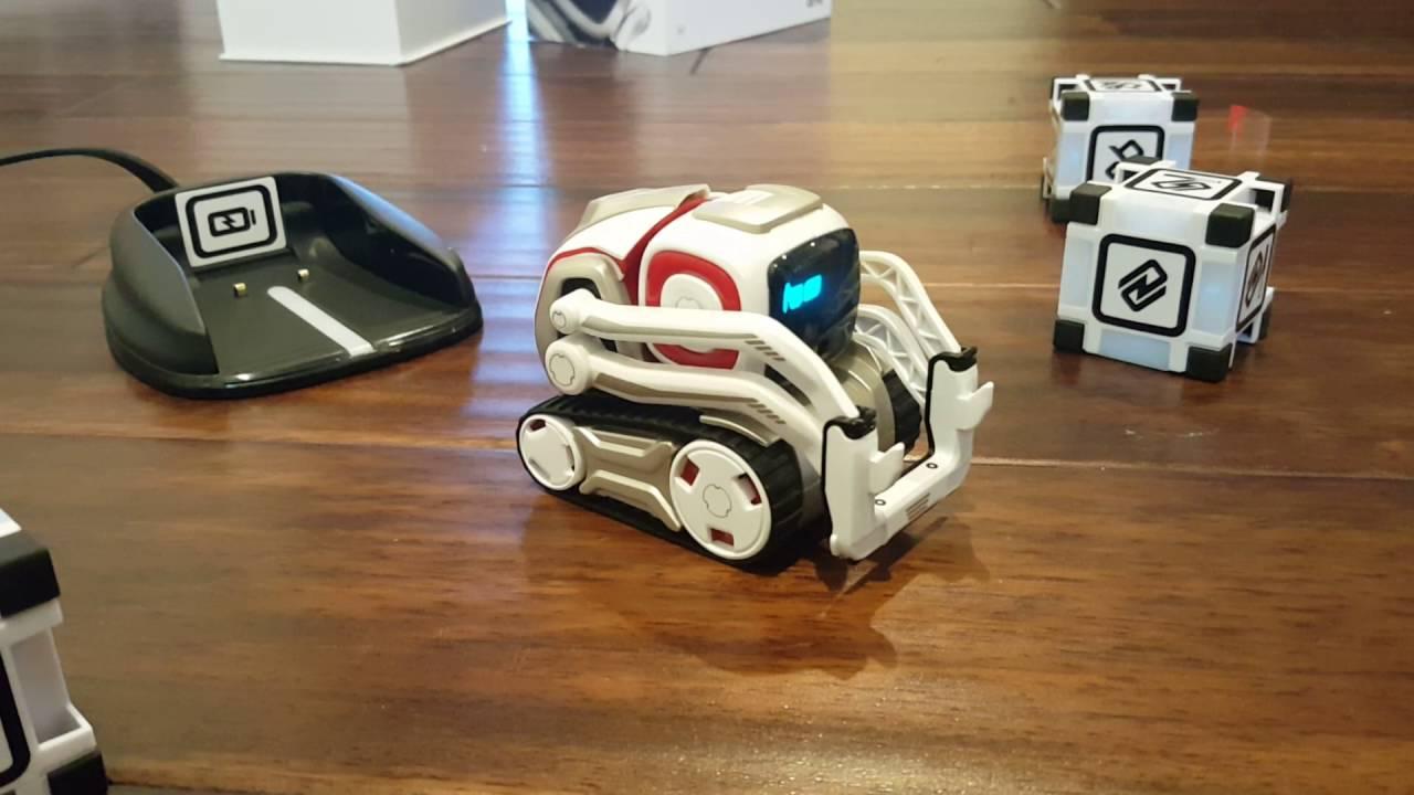 Робот Anki Cozmo-5