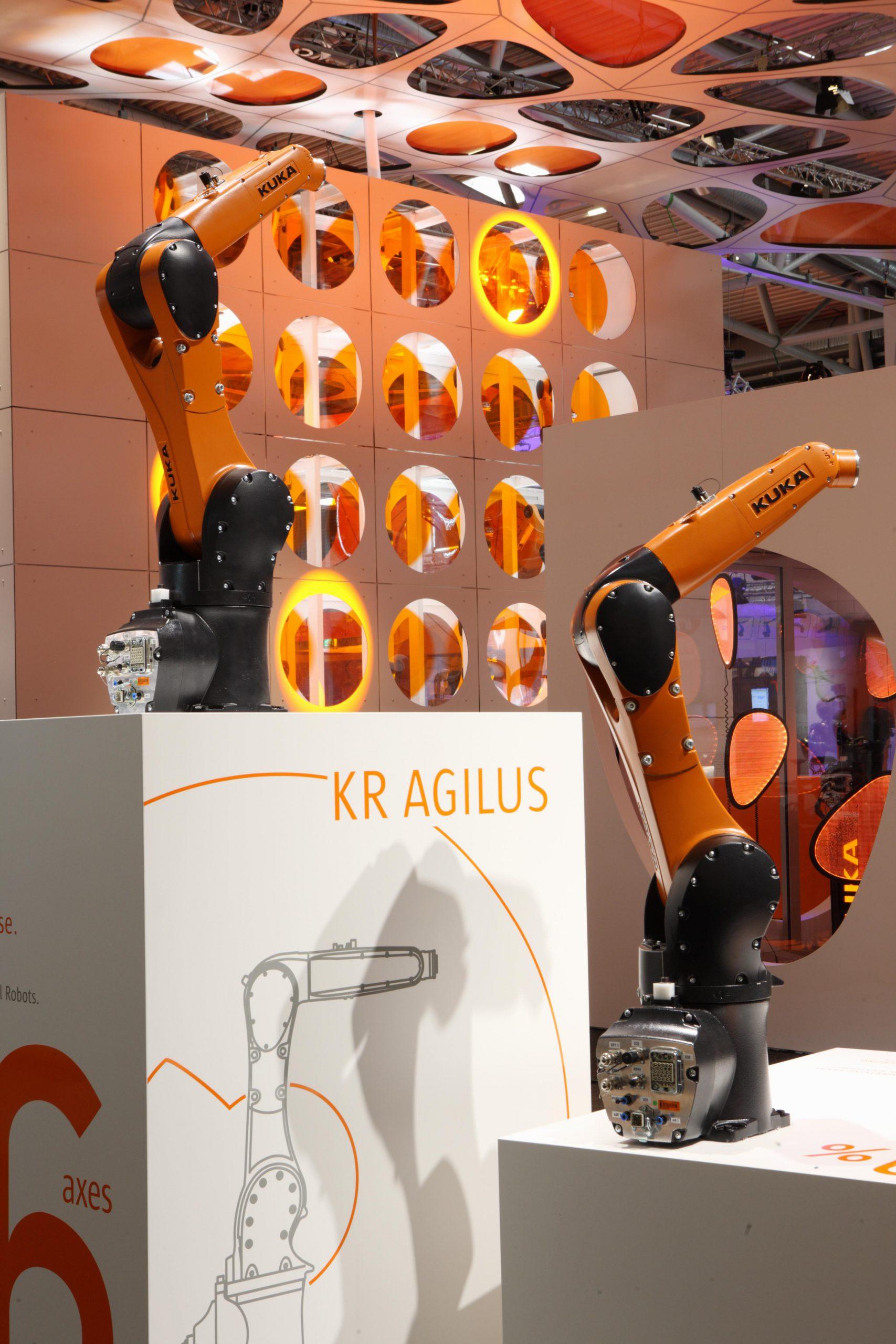 KUKA KR 6 R900 sixx (KR AGILUS)-5
