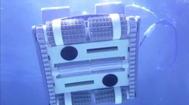 Робот для бассейна Dolphin M400-3