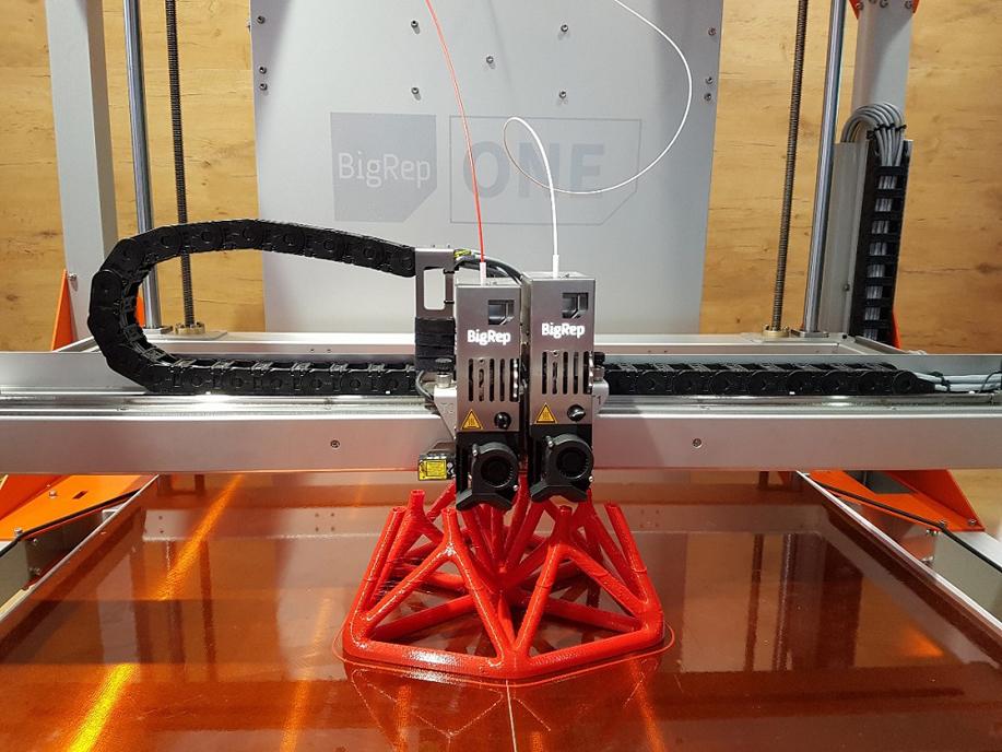 3D принтер BigRep ONE v3-3