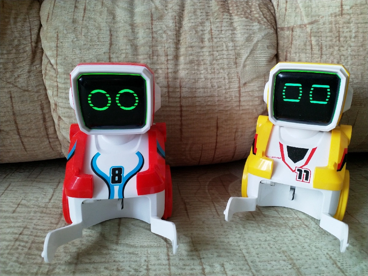 Silverlit Робот футболист Кикабот Двойной набор-3