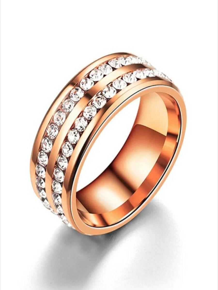 Магнитное кольцо для похудения воздействующее на акупунктурные точки заставляющее нервную систему сжигать лишний вес. Прекрасный дизайн позволяет сделать наше кольцо еще и модным аксессуаром в вашем образе.